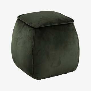 Vue de trois-quarts du pouf AMIA cubique
