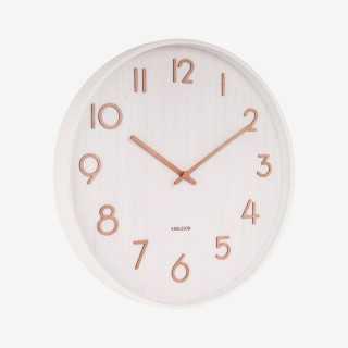 Vue de trois-quarts de l'horloge PURE