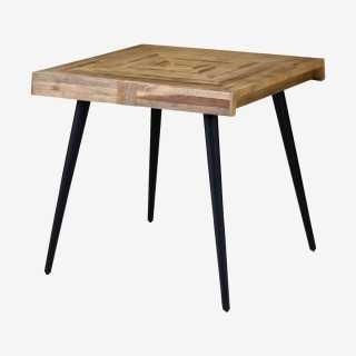 Vue de trois-quarts de la table WOODY