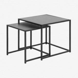Vue de trois-quarts des tables gigognes chêne noir ALIBA
