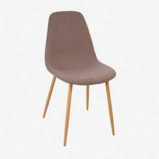 Vue de trois-quarts de la chaise JOKA