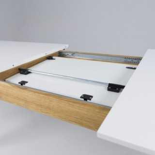 Vue détaillée sur le système d'allonge de la table extensible 180 cm DOT