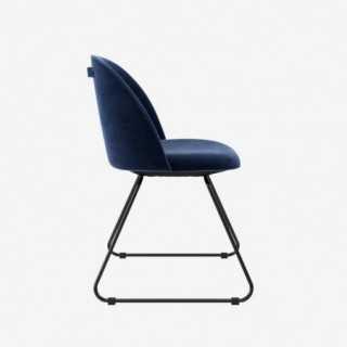 Vue de profil de la chaise ALLY avec pied LIAM
