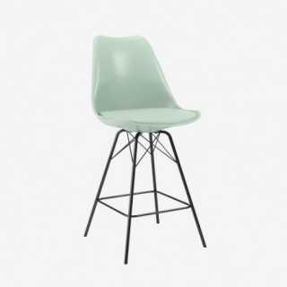 Vue de trois-quarts de la chaise ALLY avec pied PORGY