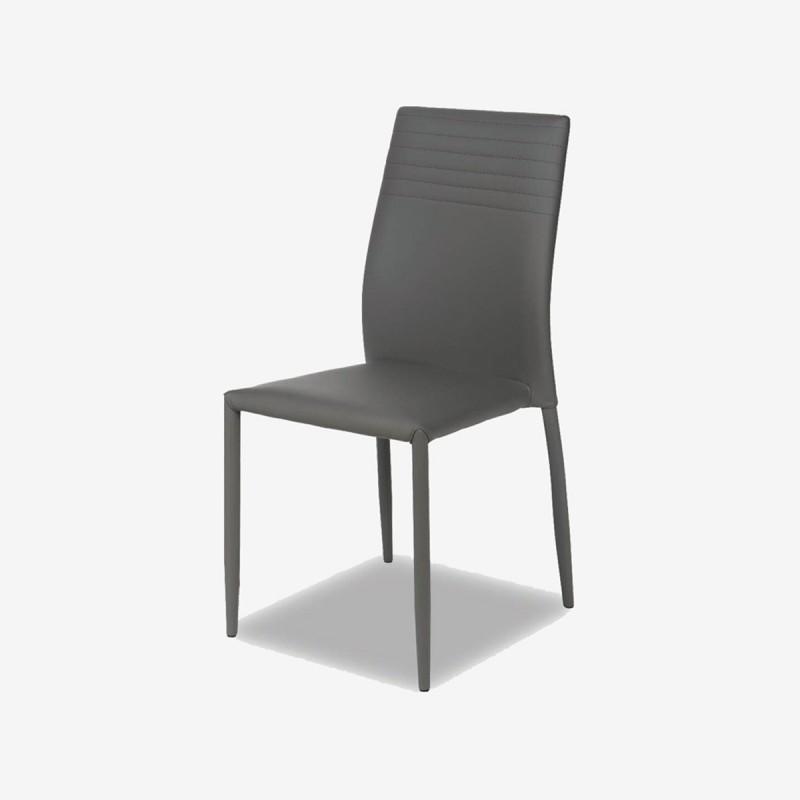 Vue de trois-quarts de la chaise RESEDA