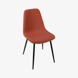 Vue de trois-quarts de la chaise JANNA