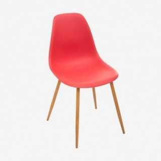 Vue de trois-quarts de la chaise MAHO