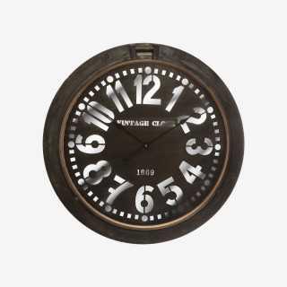 Vue de face de l'horloge HUBLOT