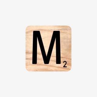 Vue de face de la lettre M