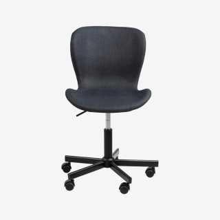 Vue de face du fauteuil de bureau ATILA