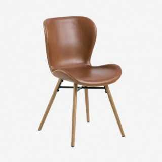Vue de trois-quarts de la chaise ATILA
