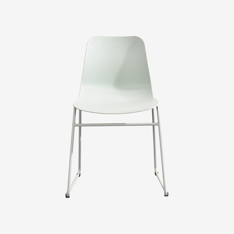 Vue de face de la chaise ROLLIER