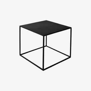 Vue de trois-quarts de la table basse EXPO