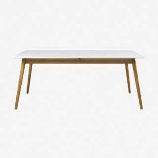 Vue de face de la table extensible 180 cm DOT