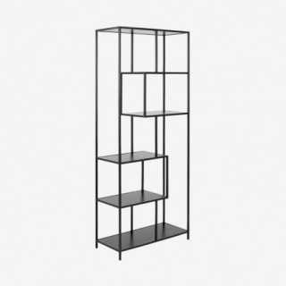 Vue de trois-quarts de l'étagère ALIBA chêne noir